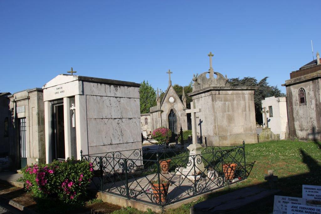 0108-Porto-Cimeterio-de-Agramonte.JPG