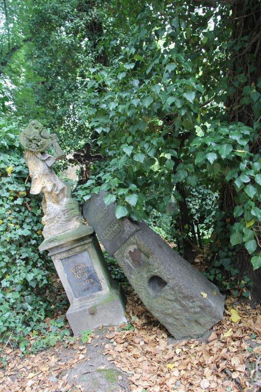 0194-Prague-cimetière-Olšany