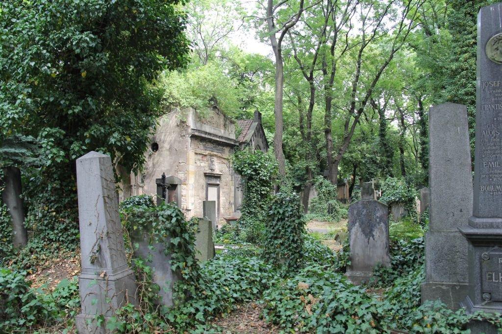 0195-Prague-cimetière-Olšany