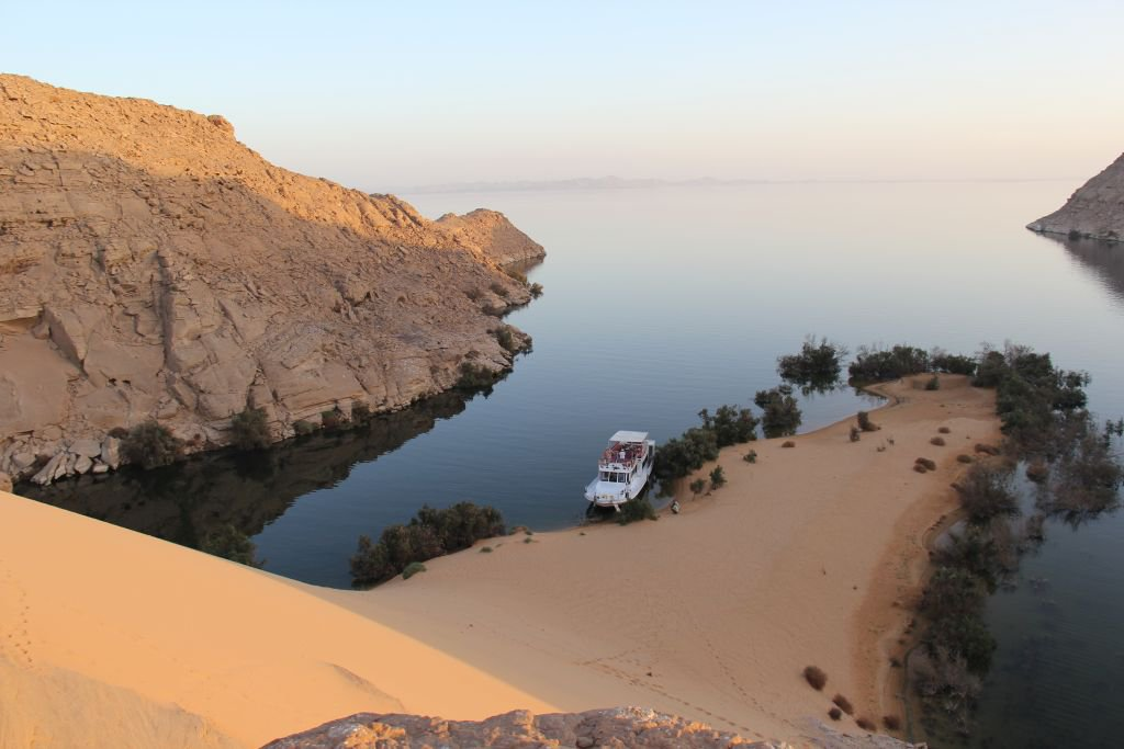 0094-Lac-Nasser-navigation