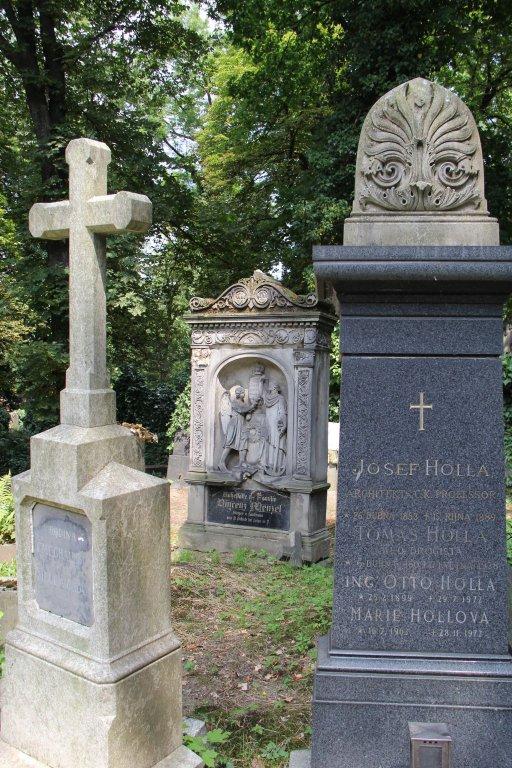 0200-Prague-cimetière-Olšany