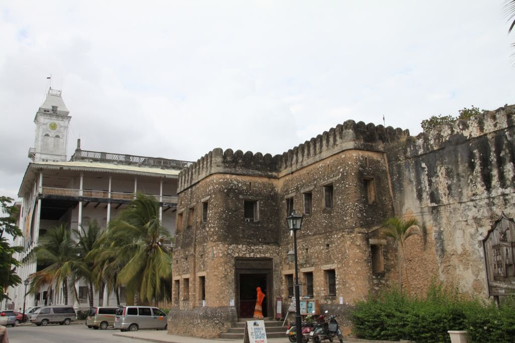 129-Stone-Town-fort-arabe.JPG