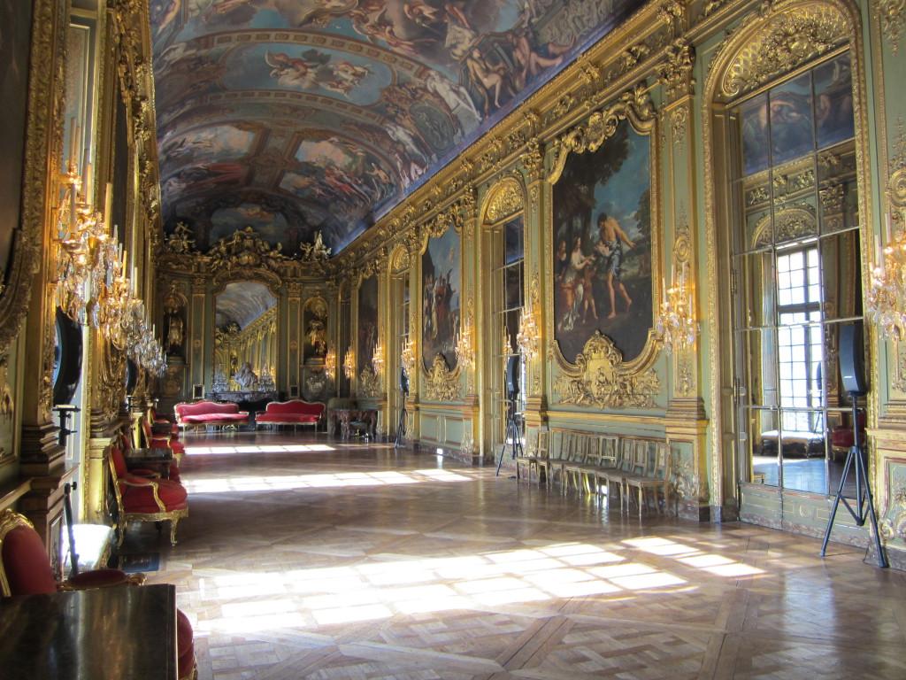 75_-_Hotel_de_Toulouse_-_Galerie_doree_-_02