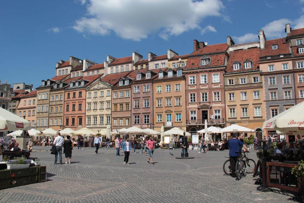 073-Varsovie-Stare-Miasto-place-vieux-marché