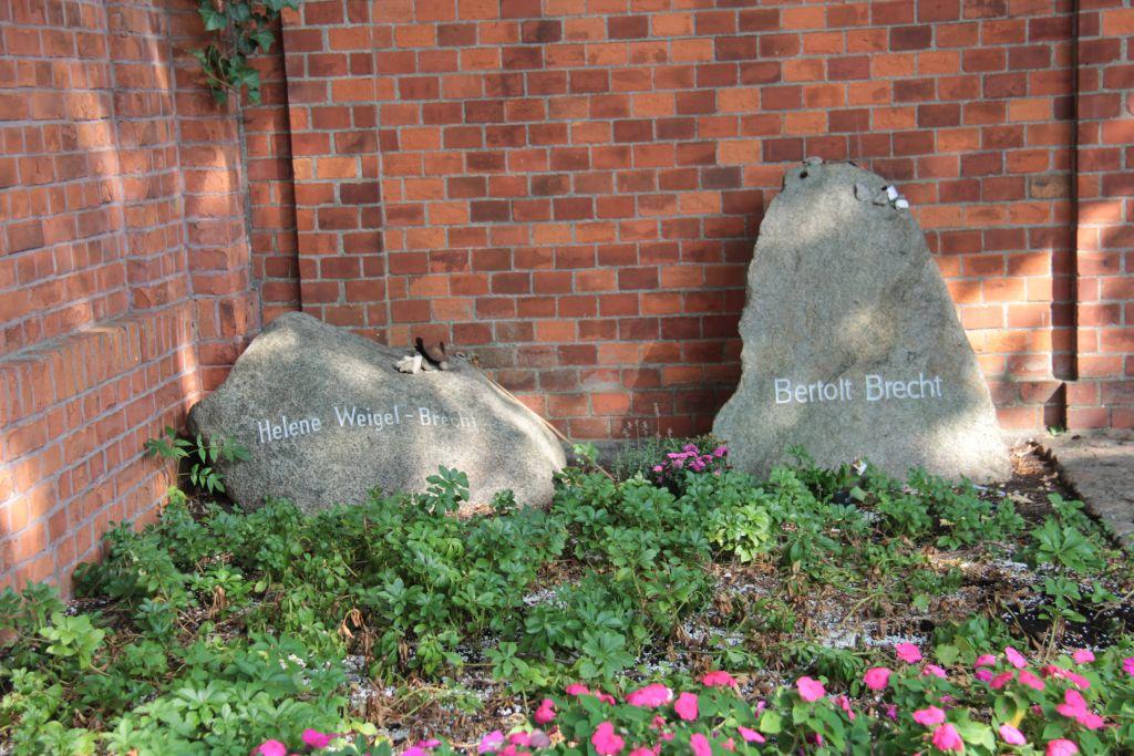 Tombe de Bertolt Brecht
