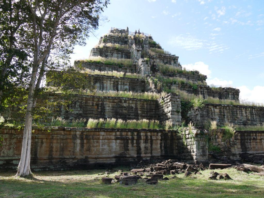 Le temple montagne de Prasat Thom